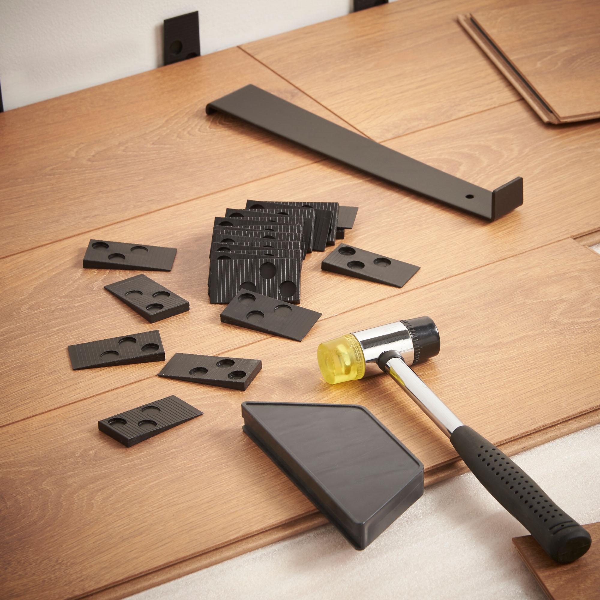 Vonhaus Laminate Floor Wood Flooring Fitting Installation